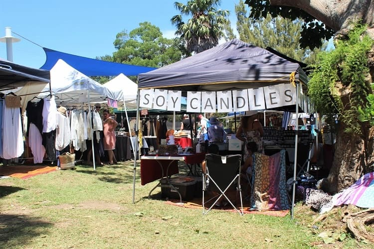 Guide to the monthly Bundeena markets, Art Trail & Bundeena walks along the Royal Coast Track and how to get there - a brilliant day trip from Sydney in the Royal National Park.