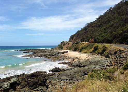 Plan your road trip with this useful Adelaide to Melbourne drive itinerary via the Great Ocean Road. Includes highlights in Victoria and South Australia such as the Twelve Apostles, The Otways and Mount Gambier, driving times and distances, petrol and accommodation costs and recommended campsites.