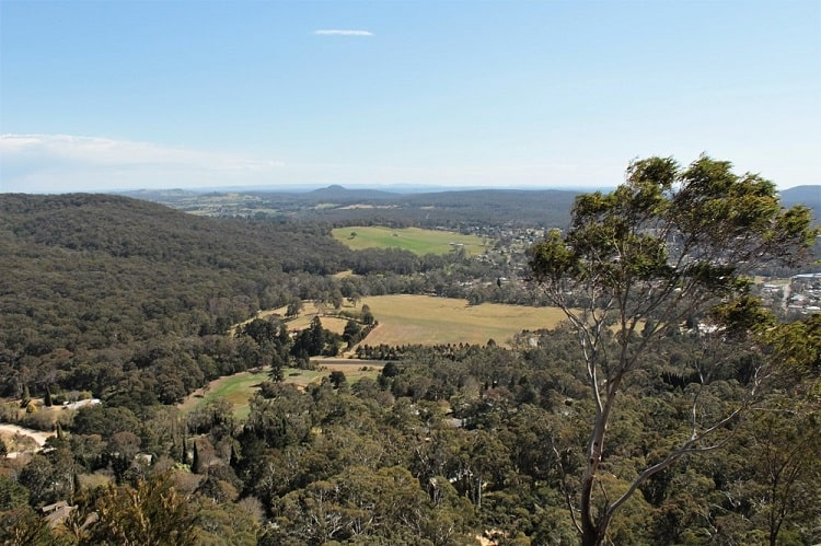 How to get to Bowral Lookout at Mount Gibraltar in the Southern Highlands NSW.