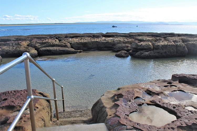 Currarong rock pool on Beecroft Peninsula.