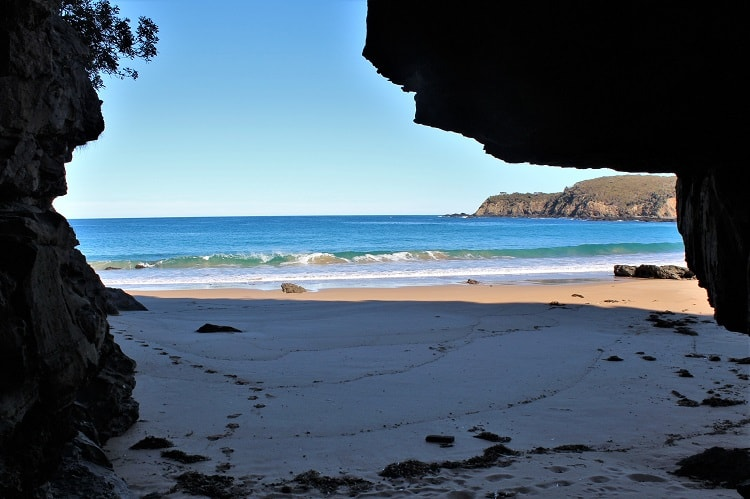 Interesting caves at Myrtle Beach in South Durras.