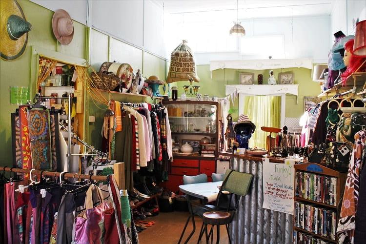 Soul Kindle Hemp Shop, Hyde St, Bellingen NSW.