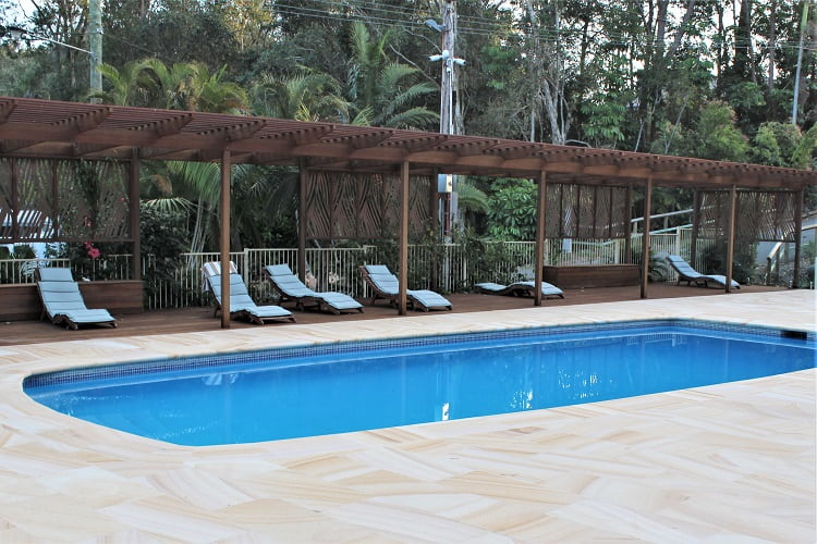 Swimming pool at Sapphire Beach Holiday Park.