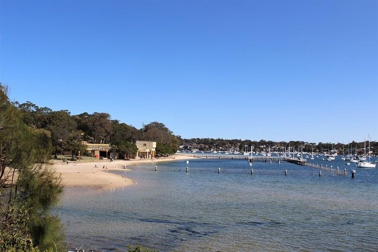 Gunnamatta Bay beach and baths in Cronulla, Sydney.