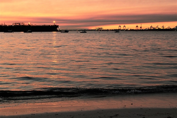 Beautiful pink sunset at Silver Beach, Kurnell Sydney.