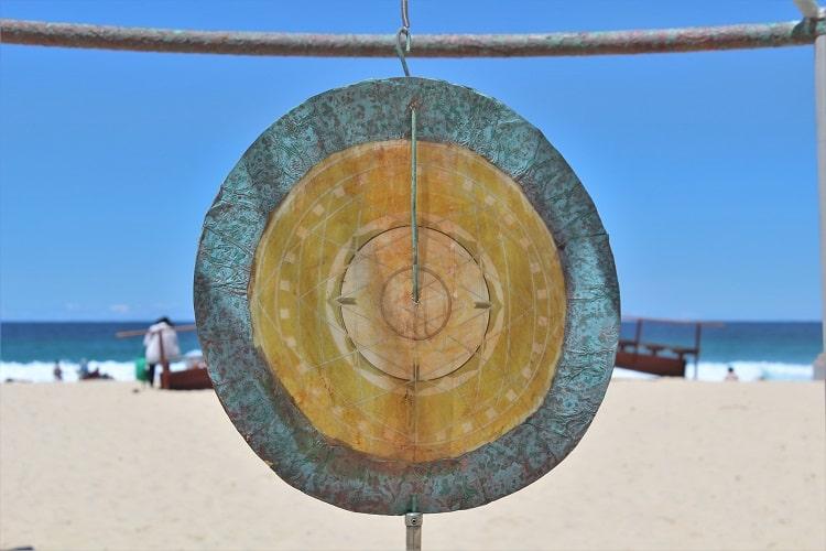 Sculpture by the Sea Sydney: exhibition on Tamarama Beach in Australia.