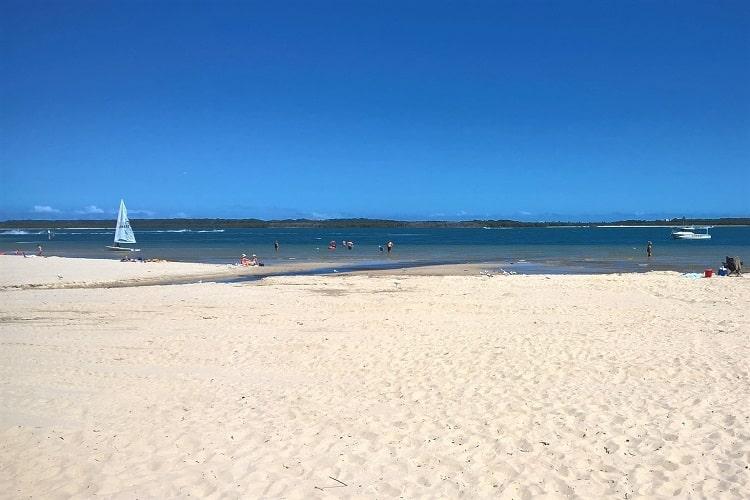 Beautiful white sand at Sandringham Beach, Botany Bay, Sydney.